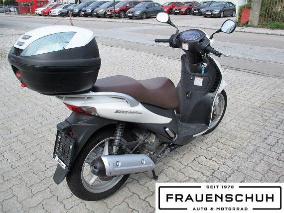 484506_1406428386523_slide bei Honda Frauenschuh Salzburg & Köstendorf / Auto & Motorrad in