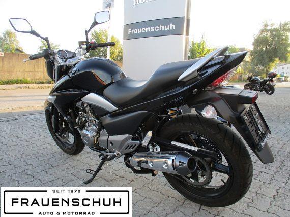 484544_1406429025453_slide bei Honda Frauenschuh Salzburg & Köstendorf / Auto & Motorrad in