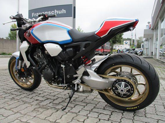 484669_1406430818929_slide bei Honda Frauenschuh Salzburg & Köstendorf / Auto & Motorrad in