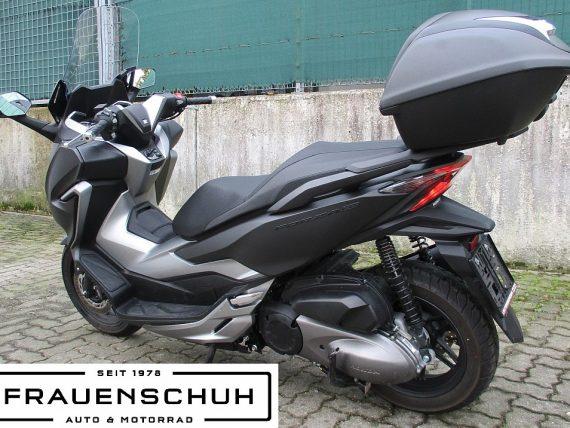 484888_1406432210499_slide bei Honda Frauenschuh Salzburg & Köstendorf / Auto & Motorrad in