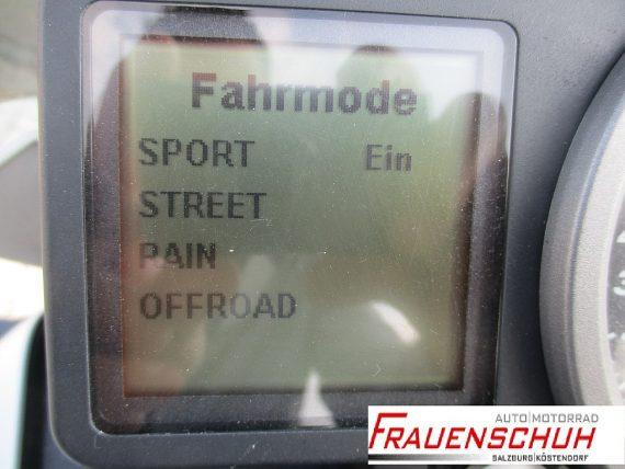 483354_1406403957919_slide bei Honda Frauenschuh Salzburg & Köstendorf / Auto & Motorrad in