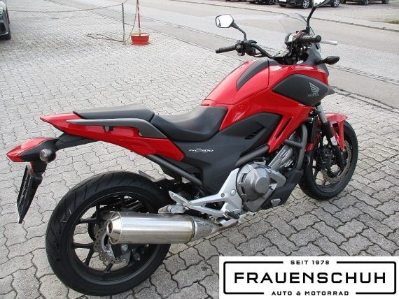 484976_1406432706807_slide bei Honda Frauenschuh Salzburg & Köstendorf / Auto & Motorrad in