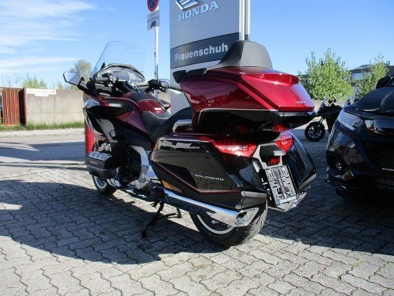 484814_1406431282543_slide bei Honda Frauenschuh Salzburg & Köstendorf / Auto & Motorrad in