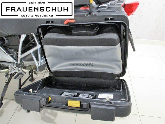 485438_1406439630377_slide bei Honda Frauenschuh Salzburg & Köstendorf / Auto & Motorrad in