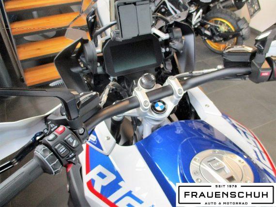 486986_1406457957993_slide bei Honda Frauenschuh Salzburg & Köstendorf / Auto & Motorrad in