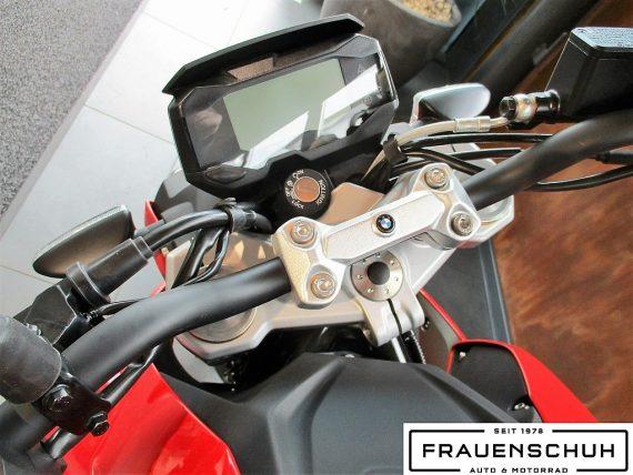 486371_1406452898601_slide bei Honda Frauenschuh Salzburg & Köstendorf / Auto & Motorrad in