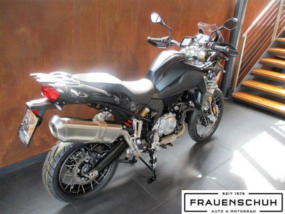 487050_1406458086977_slide bei Honda Frauenschuh Salzburg & Köstendorf / Auto & Motorrad in