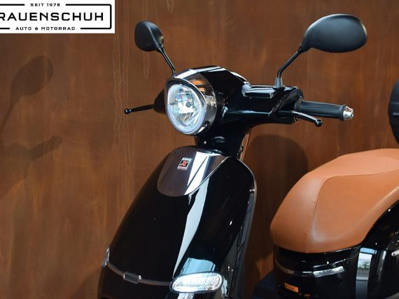 487146_1406459450563_slide bei Honda Frauenschuh Salzburg & Köstendorf / Auto & Motorrad in