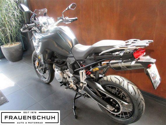 487050_1406458086987_slide bei Honda Frauenschuh Salzburg & Köstendorf / Auto & Motorrad in