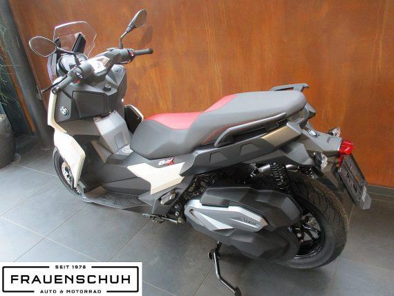 487645_1406463581983_slide bei Honda Frauenschuh Salzburg & Köstendorf / Auto & Motorrad in