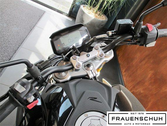 487653_1406463587917_slide bei Honda Frauenschuh Salzburg & Köstendorf / Auto & Motorrad in