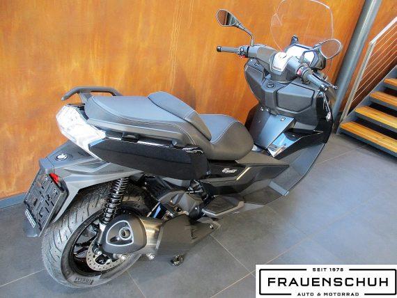 487871_1406465204971_slide bei Honda Frauenschuh Salzburg & Köstendorf / Auto & Motorrad in