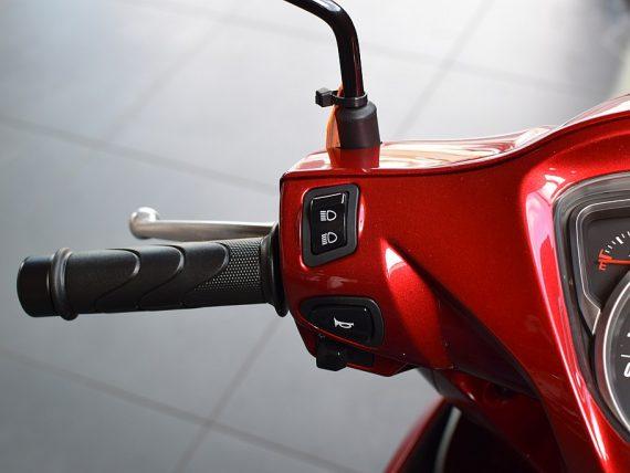 488780_1406470591747_slide bei Honda Frauenschuh Salzburg & Köstendorf / Auto & Motorrad in
