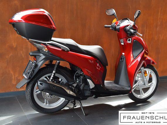 488794_1406470592171_slide bei Honda Frauenschuh Salzburg & Köstendorf / Auto & Motorrad in