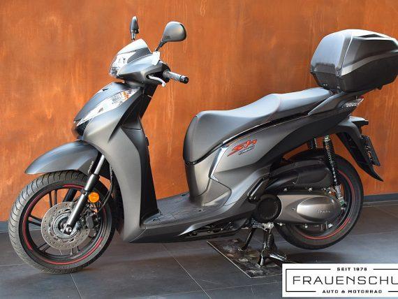488882_1406470897993_slide bei Honda Frauenschuh Salzburg & Köstendorf / Auto & Motorrad in