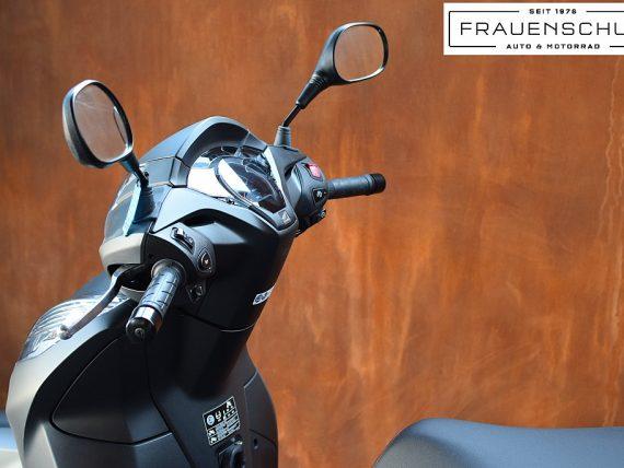 488882_1406470897995_slide bei Honda Frauenschuh Salzburg & Köstendorf / Auto & Motorrad in