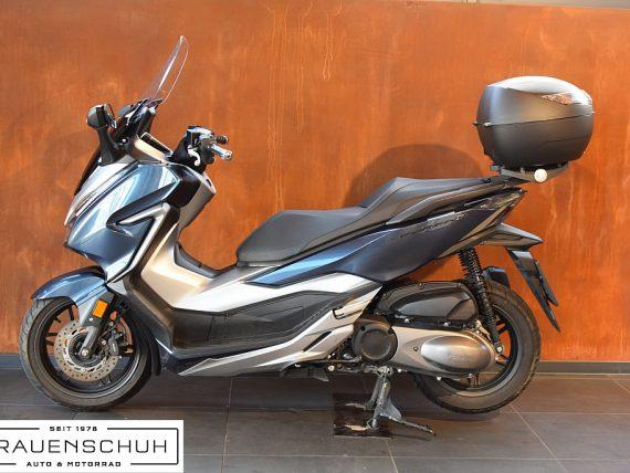 489005_1406472302269_slide bei Honda Frauenschuh Salzburg & Köstendorf / Auto & Motorrad in