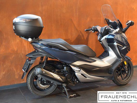489005_1406472302277_slide bei Honda Frauenschuh Salzburg & Köstendorf / Auto & Motorrad in