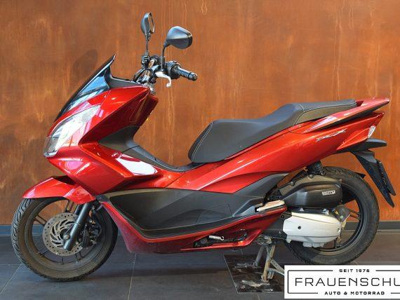 489029_1406472484485_slide bei Honda Frauenschuh Salzburg & Köstendorf / Auto & Motorrad in