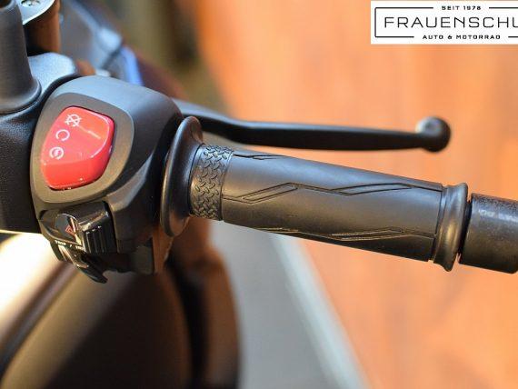489369_1406475279929_slide bei Honda Frauenschuh Salzburg & Köstendorf / Auto & Motorrad in