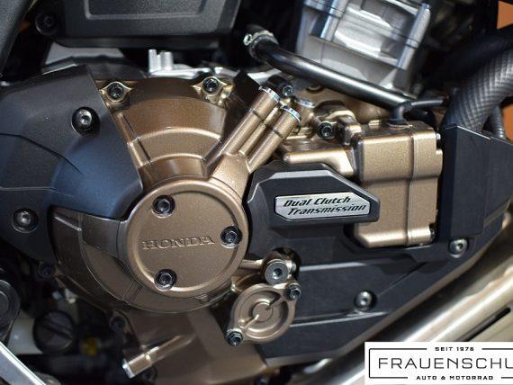489432_1406476265053_slide bei Honda Frauenschuh Salzburg & Köstendorf / Auto & Motorrad in