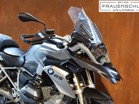 489445_1406476319543_slide bei Honda Frauenschuh Salzburg & Köstendorf / Auto & Motorrad in