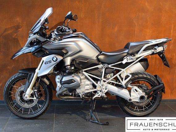 489445_1406476319555_slide bei Honda Frauenschuh Salzburg & Köstendorf / Auto & Motorrad in