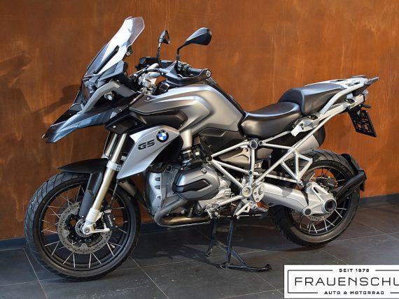 489445_1406476319559_slide bei Honda Frauenschuh Salzburg & Köstendorf / Auto & Motorrad in