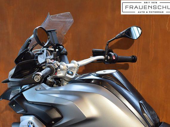489445_1406476319563_slide bei Honda Frauenschuh Salzburg & Köstendorf / Auto & Motorrad in