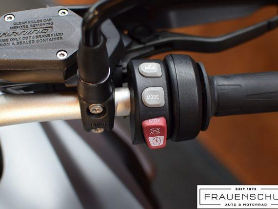 489445_1406476319571_slide bei Honda Frauenschuh Salzburg & Köstendorf / Auto & Motorrad in