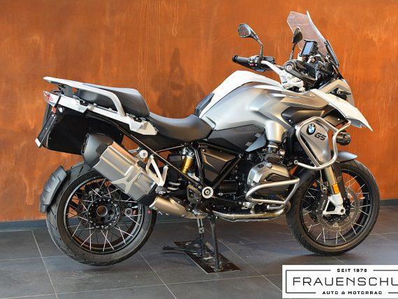 489532_1406476772461_slide bei Honda Frauenschuh Salzburg & Köstendorf / Auto & Motorrad in