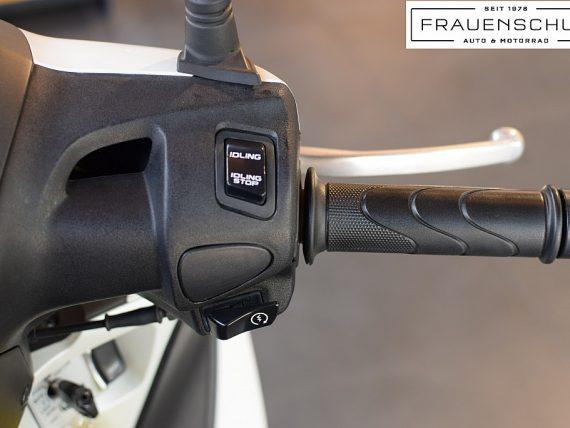 489548_1406476774365_slide bei Honda Frauenschuh Salzburg & Köstendorf / Auto & Motorrad in