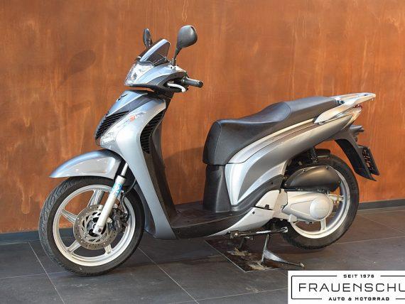 489586_1406476774649_slide bei Honda Frauenschuh Salzburg & Köstendorf / Auto & Motorrad in
