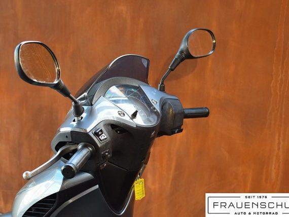 489586_1406476774673_slide bei Honda Frauenschuh Salzburg & Köstendorf / Auto & Motorrad in