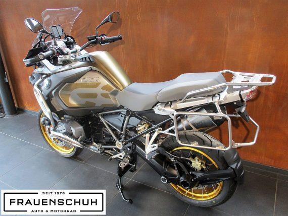 489612_1406476954841_slide bei Honda Frauenschuh Salzburg & Köstendorf / Auto & Motorrad in