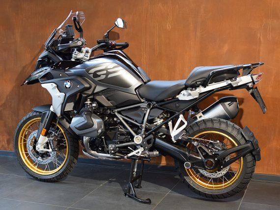 489685_1406477441651_slide bei Honda Frauenschuh Salzburg & Köstendorf / Auto & Motorrad in