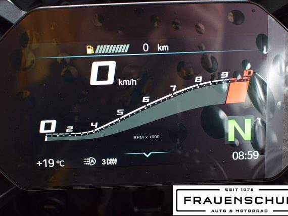 489781_1406478296769_slide bei Honda Frauenschuh Salzburg & Köstendorf / Auto & Motorrad in