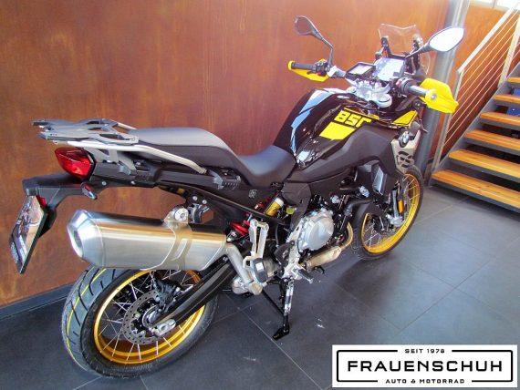 489925_1406479624983_slide bei Honda Frauenschuh Salzburg & Köstendorf / Auto & Motorrad in