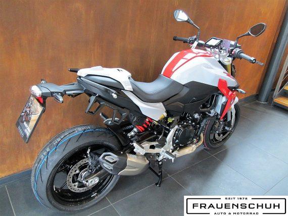 489933_1406479940773_slide bei Honda Frauenschuh Salzburg & Köstendorf / Auto & Motorrad in