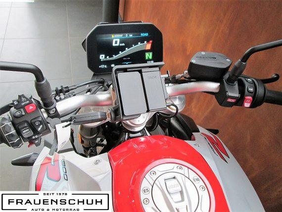489933_1406479940797_slide bei Honda Frauenschuh Salzburg & Köstendorf / Auto & Motorrad in