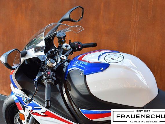 489941_1406481343335_slide bei Honda Frauenschuh Salzburg & Köstendorf / Auto & Motorrad in