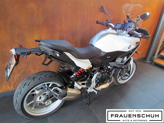 489964_1406480520625_slide bei Honda Frauenschuh Salzburg & Köstendorf / Auto & Motorrad in