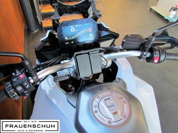 489964_1406480520633_slide bei Honda Frauenschuh Salzburg & Köstendorf / Auto & Motorrad in