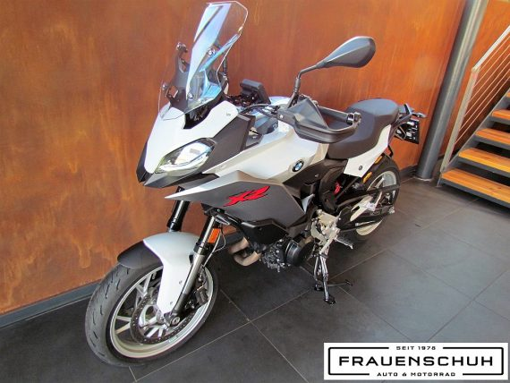 489964_1406480520641_slide bei Honda Frauenschuh Salzburg & Köstendorf / Auto & Motorrad in