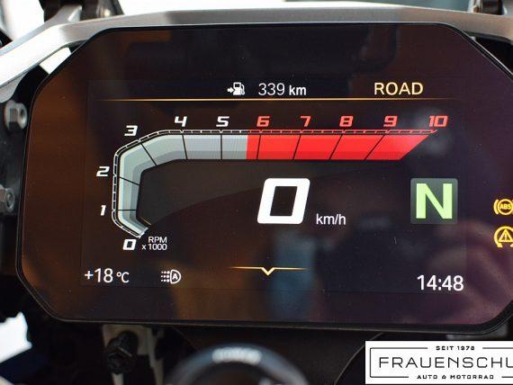 489972_1406480980305_slide bei Honda Frauenschuh Salzburg & Köstendorf / Auto & Motorrad in