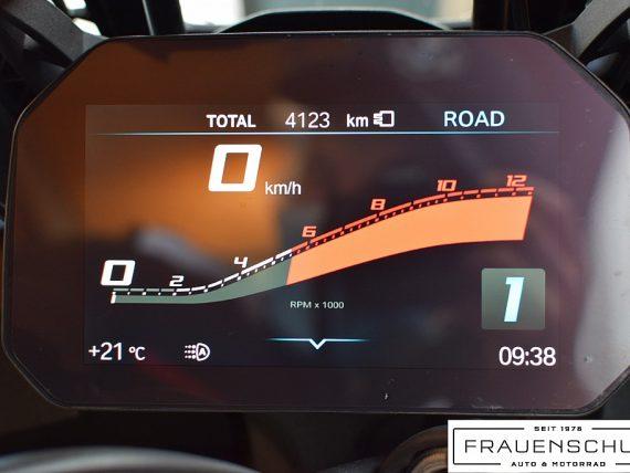 489985_1406480997071_slide bei Honda Frauenschuh Salzburg & Köstendorf / Auto & Motorrad in