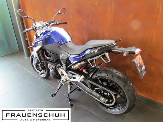 490132_1406482615643_slide bei Honda Frauenschuh Salzburg & Köstendorf / Auto & Motorrad in