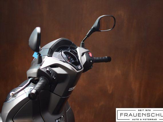 488871_1406470895929_slide bei Honda Frauenschuh Salzburg & Köstendorf / Auto & Motorrad in