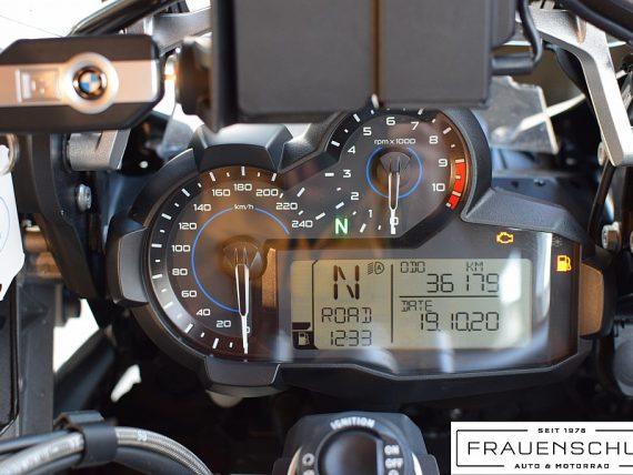 489532_1406476772521_slide bei Honda Frauenschuh Salzburg & Köstendorf / Auto & Motorrad in