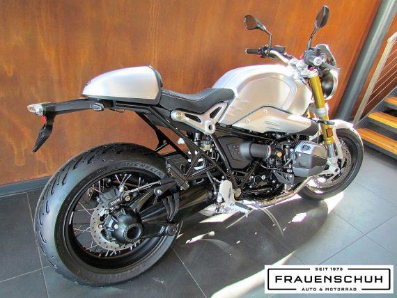 489912_1406479624789_slide bei Honda Frauenschuh Salzburg & Köstendorf / Auto & Motorrad in